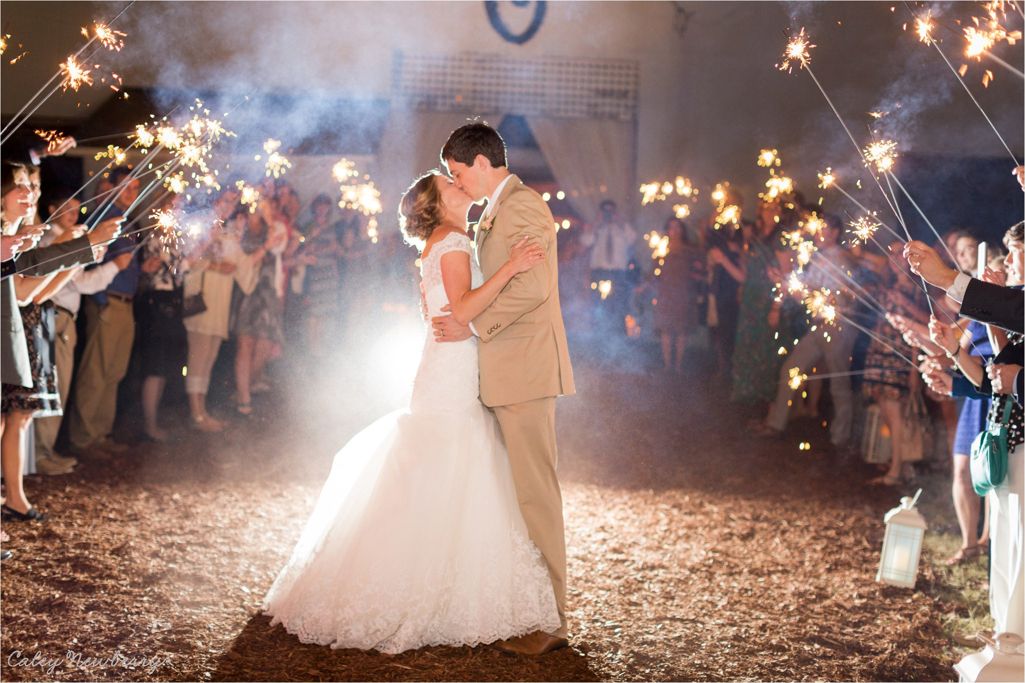wedding-exit-sparkler-photos.jpg
