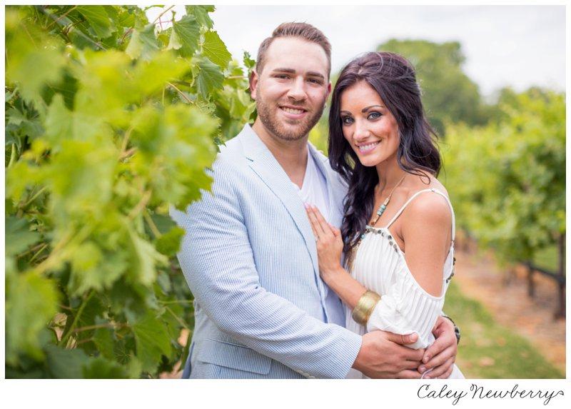 arrington-vineyards-engagement-session.jpg