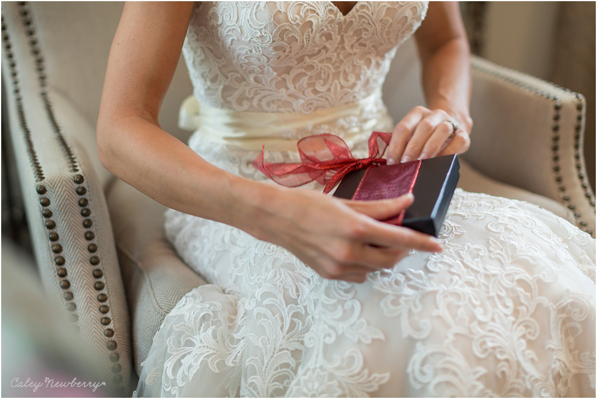 bride-opening-gift-at-wedding.jpg