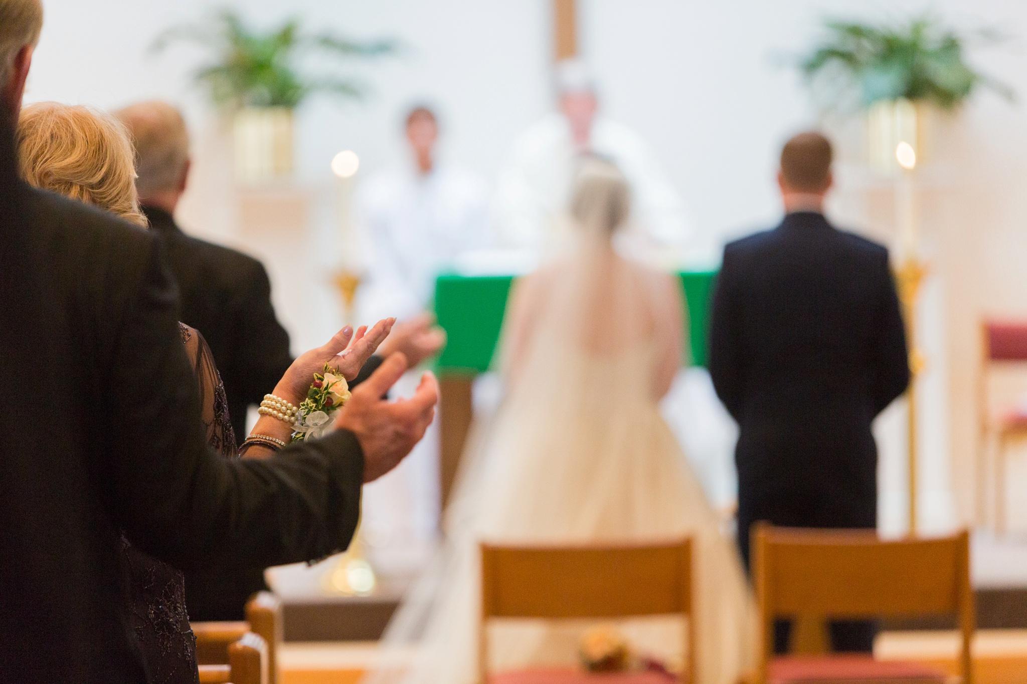 catholic-wedding-with-mass