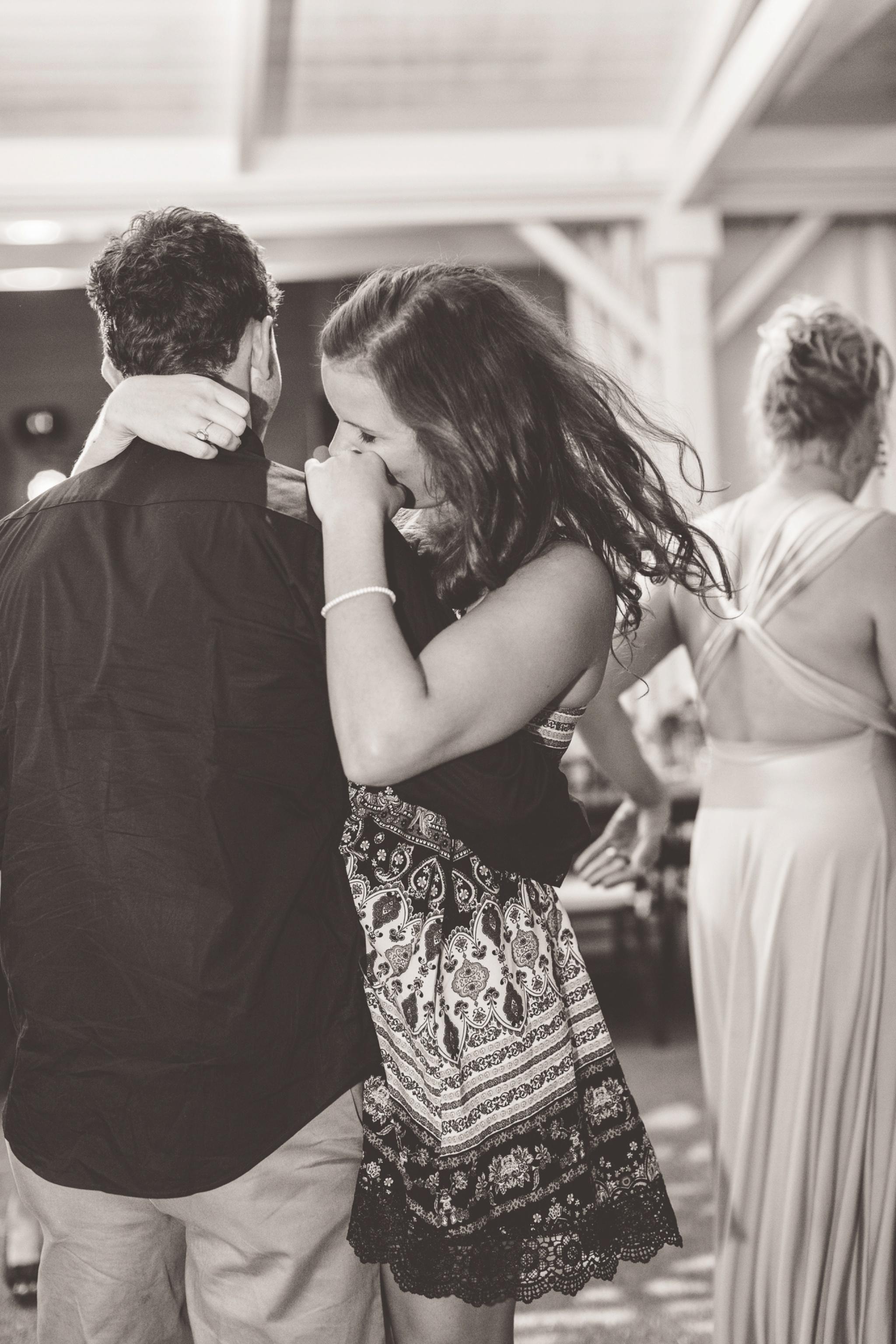 cute-couple-dancing-photographs