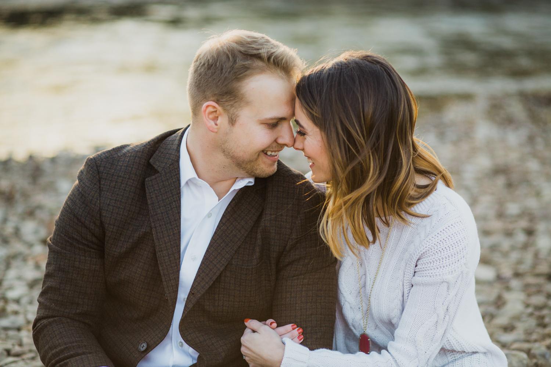 romantic-engagement-photos-nashville.jpg
