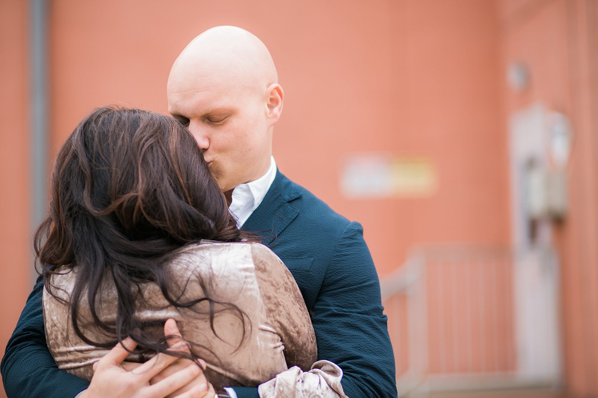 holding-fiance.jpg