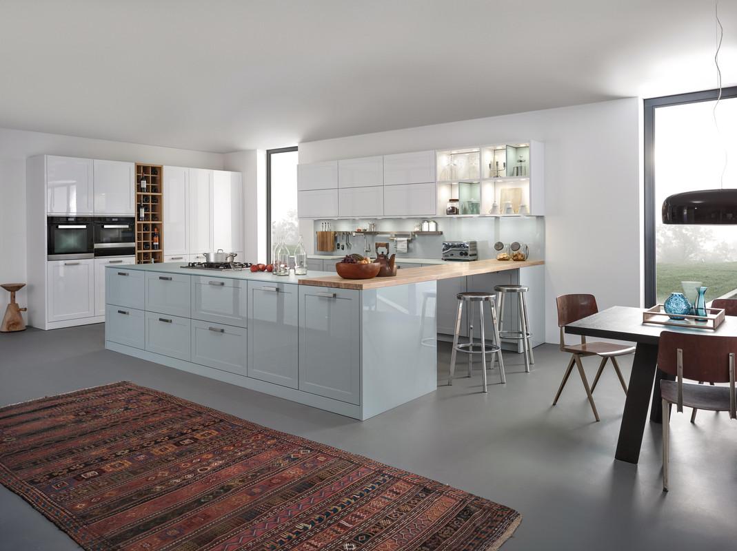 глянцевая кухня.jpg