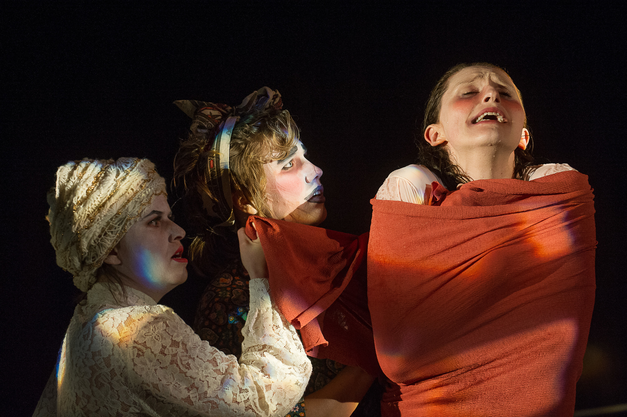 Photo by C. Duggan, Ruxy as Miranda (R)