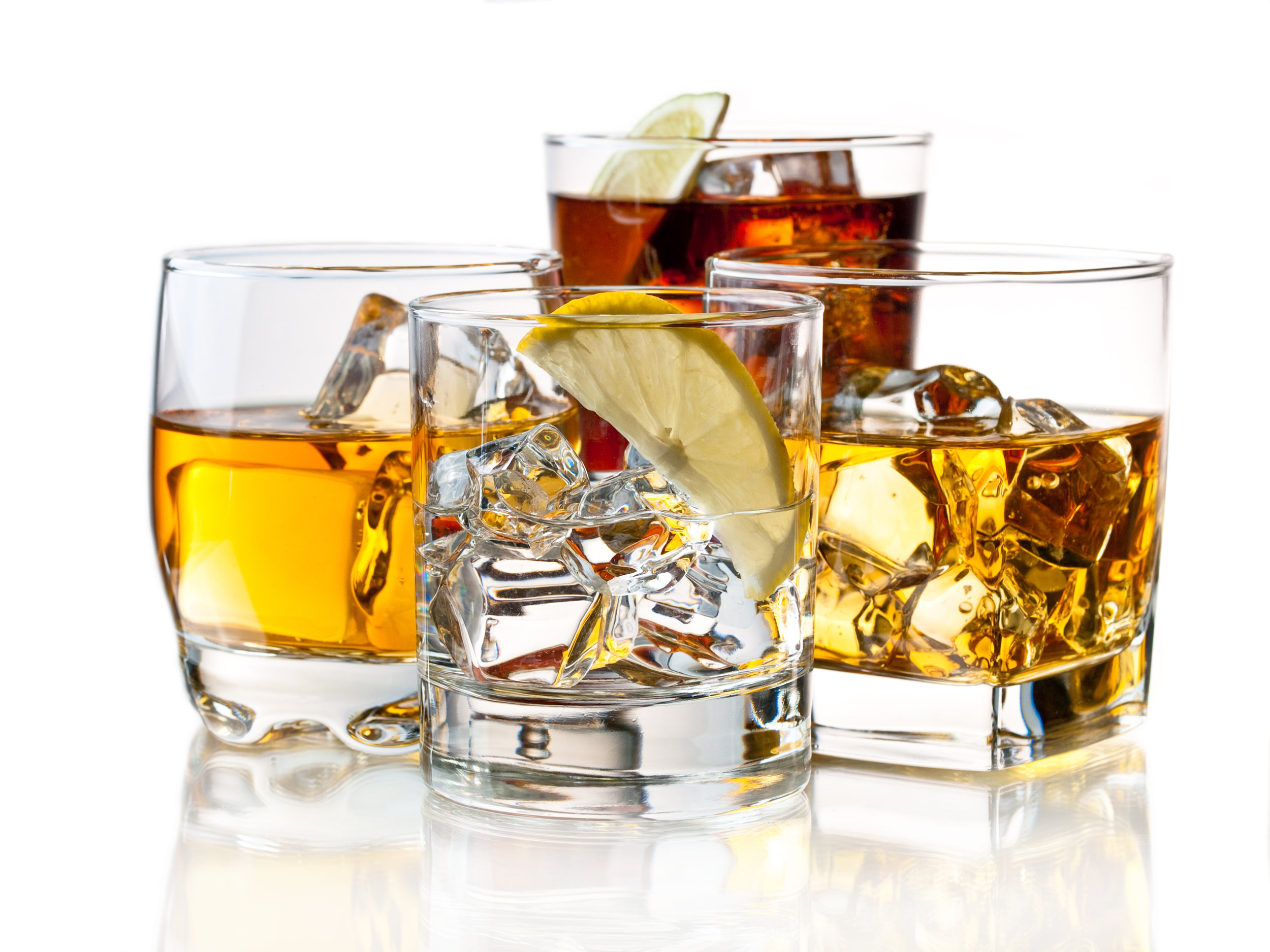 Alcoholic drinks shutterstock_81949795.jpg
