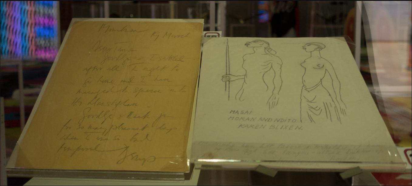 Dans l'exposition des trésors de la bibliothèque royale du Danemark, lettre et dessins de Karen Blixen. Photo : Canan Marasligil.