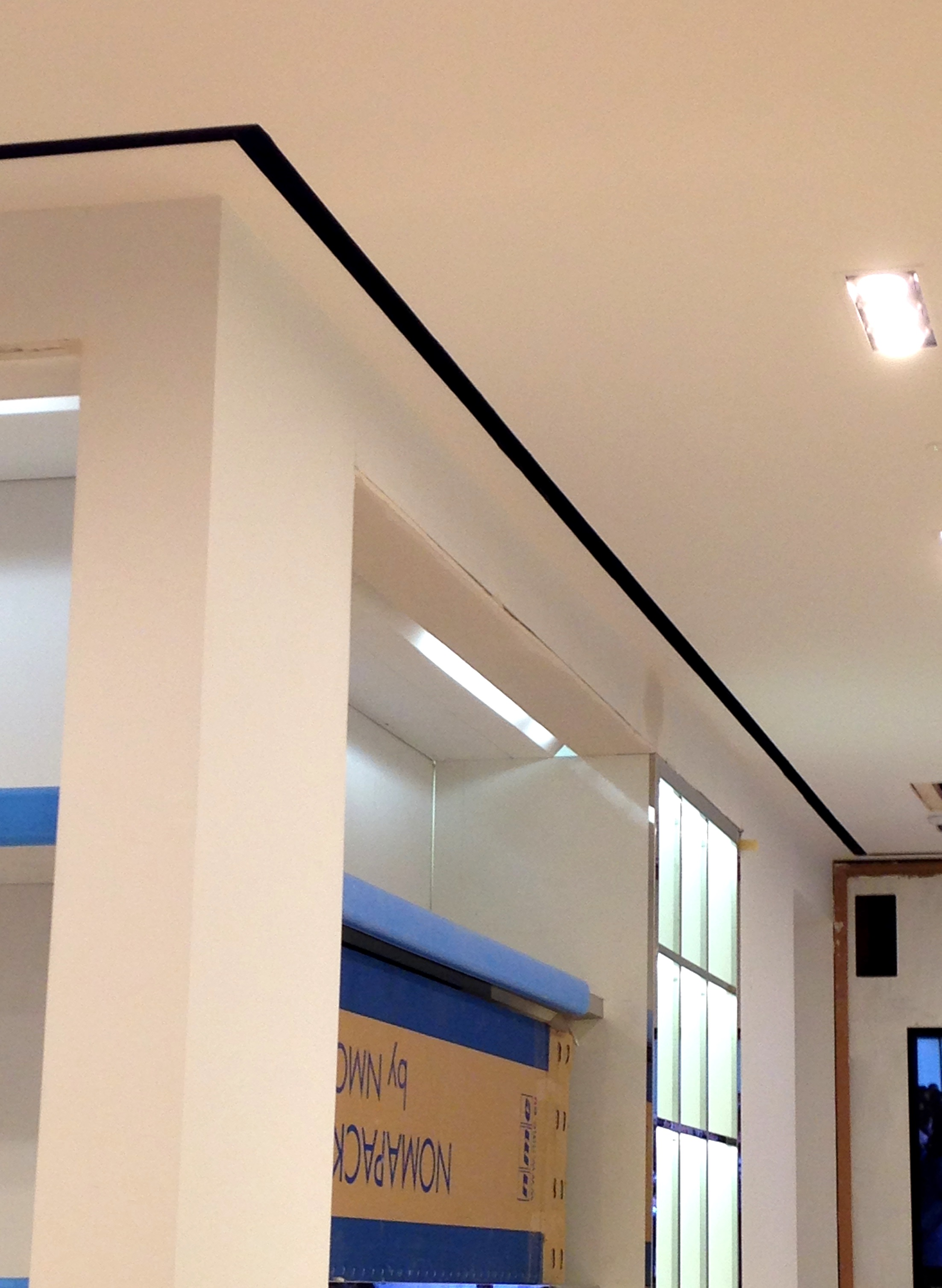 FlowBar can wrap around corners and outline the shape of a room.