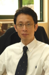 경기대 교수  Professor at Kyonggi University