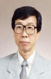 홍익대 명예교수  Professor Emeritus at Hong Ik university