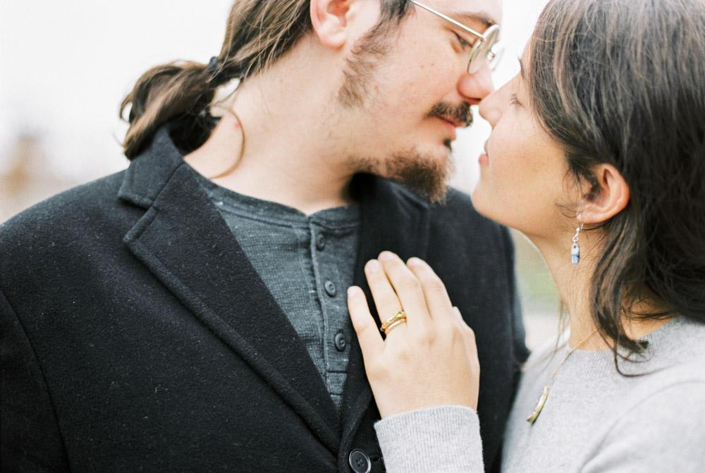 Couple in Love | Vienna, Austria | Fuji400H | Contax645 | Vienna Film Photographer | Michelle Mock Photography