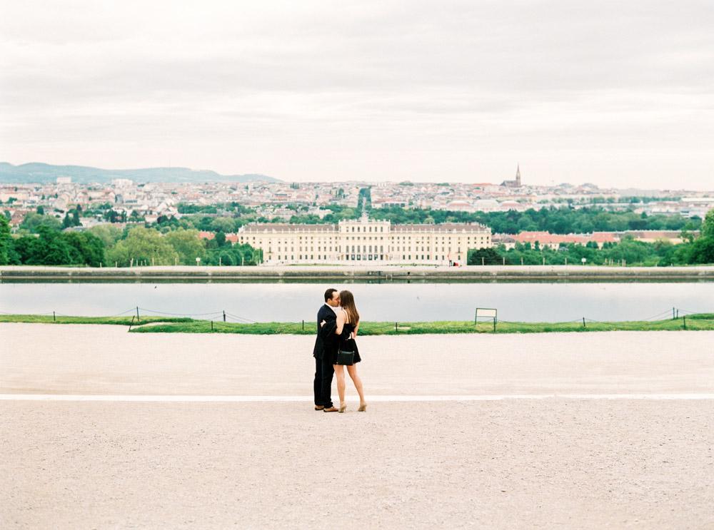 Surprise Proposal | Schönbrunn Palace, Vienna | Michelle Mock Photography | Vienna Photographer | Contax 645| Fuji400H