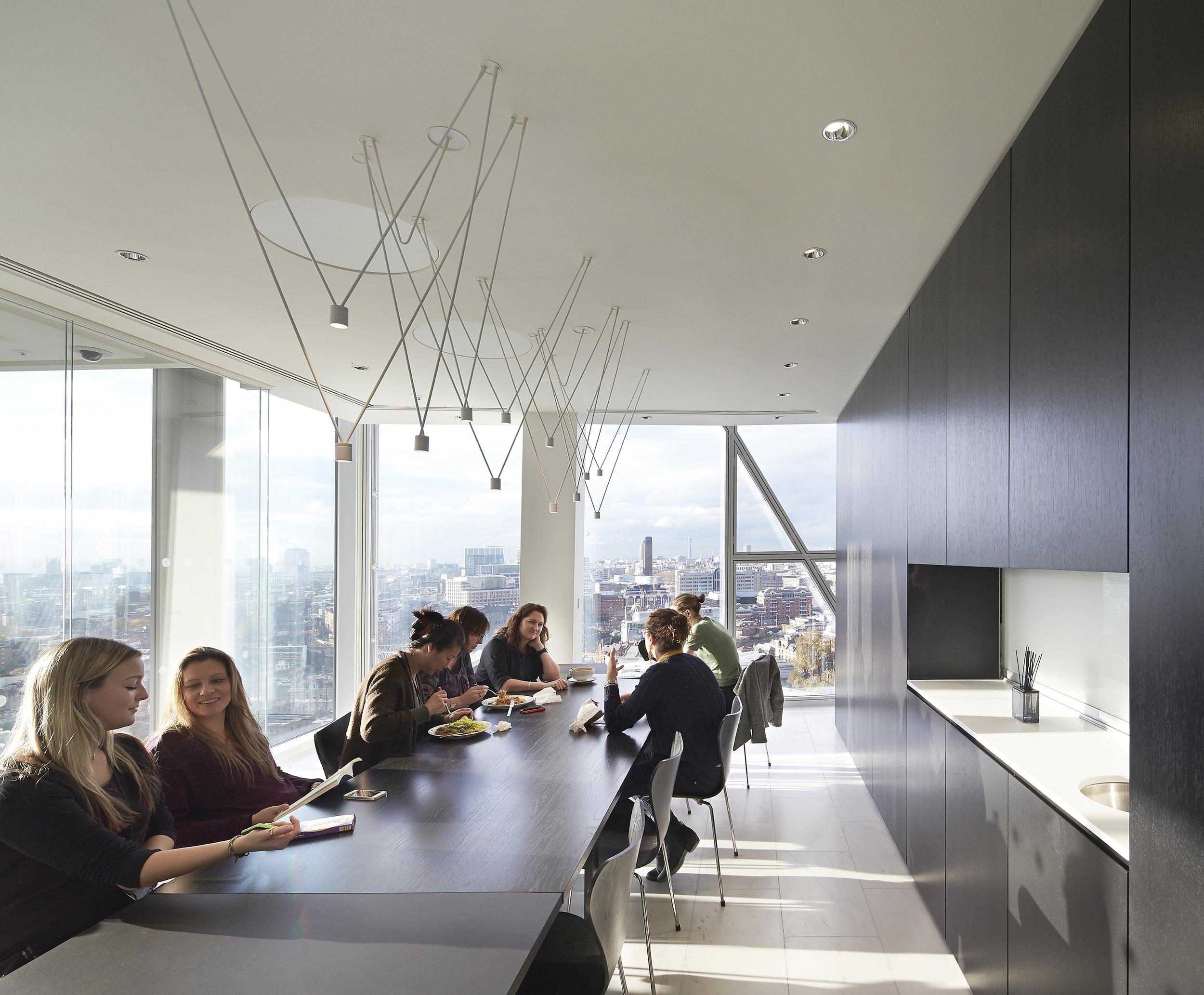 Al Jazeera Media Network UK- Meeting room by John McAslan + Partners - Photography credit Hufton+Crow.jpg