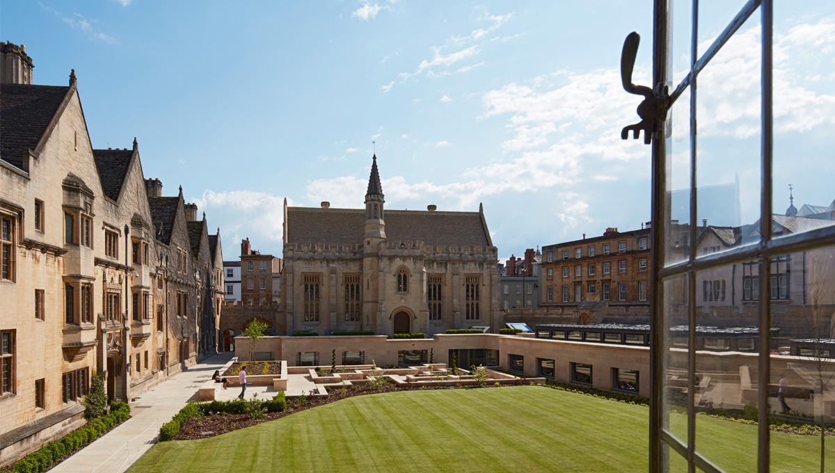01-Magdalen-College.jpg