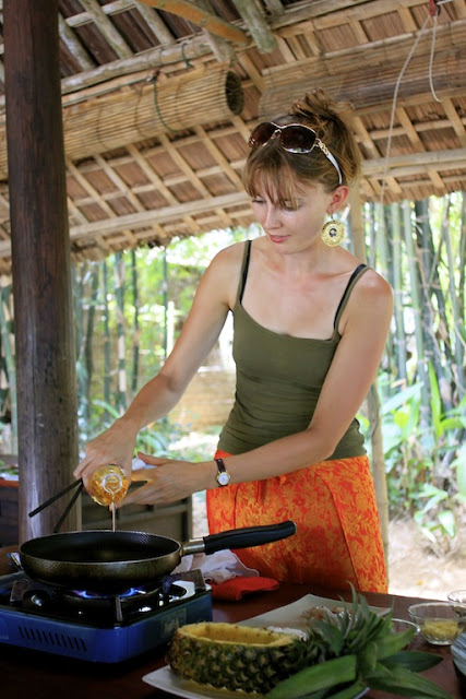 Learning to cook in Hoi An