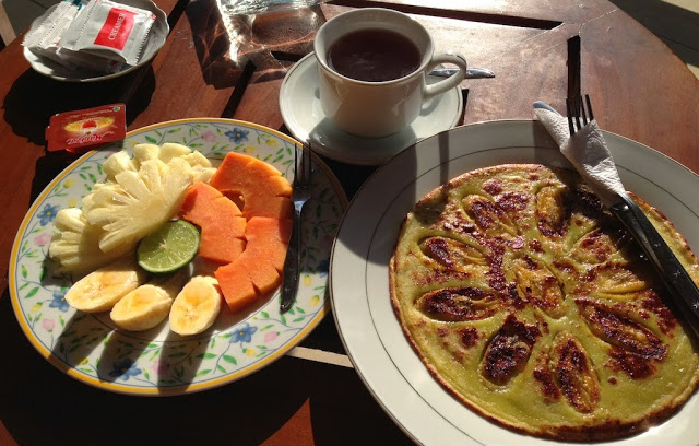 The original banana pancake...note all the shadows - that's because IT WAS SO SUNNY