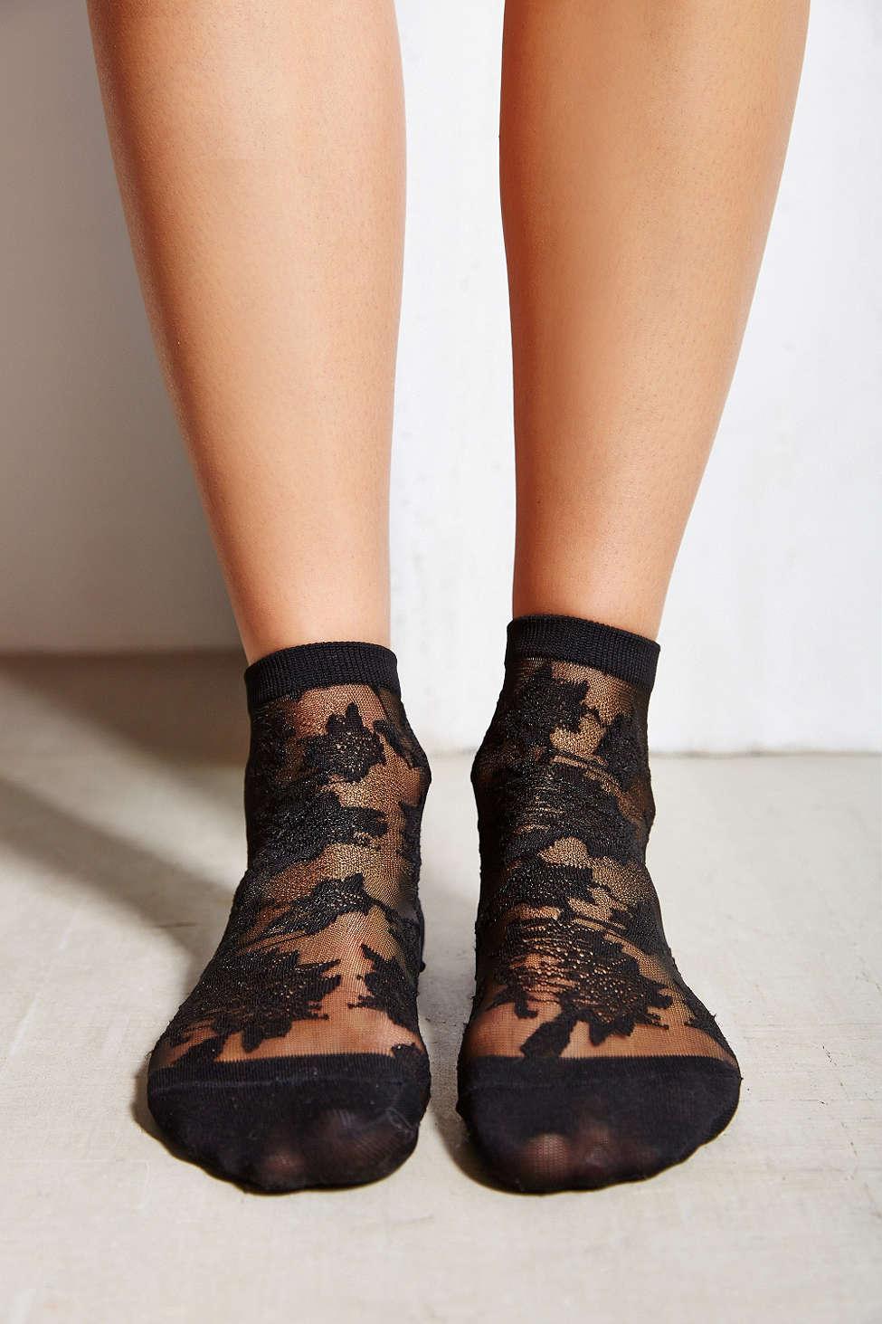 Patterned Sheer Ankle Sock