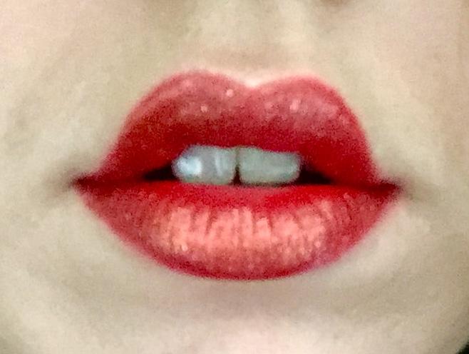 Kat Von D: Glimmer Veil