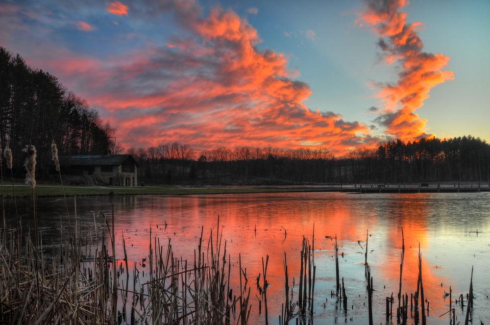 Kendall Lake Sunset © Jeff Burcher