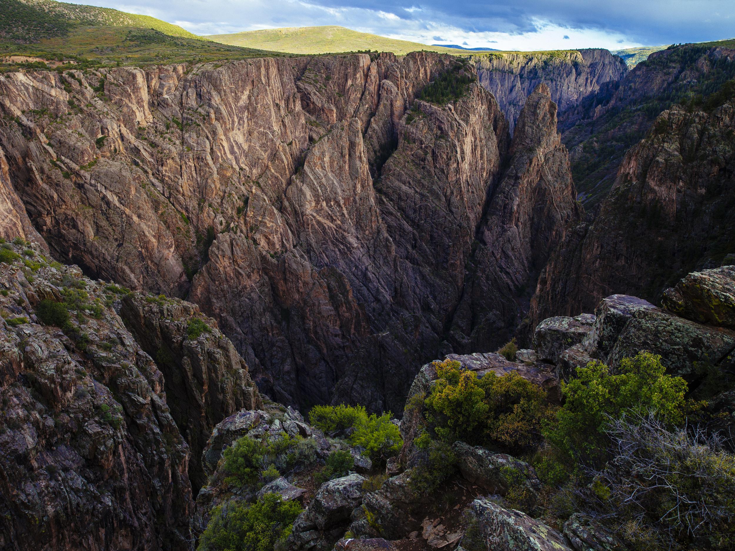 The Immense Beauty Of Black Canyon -  © Jonathan Urrutia