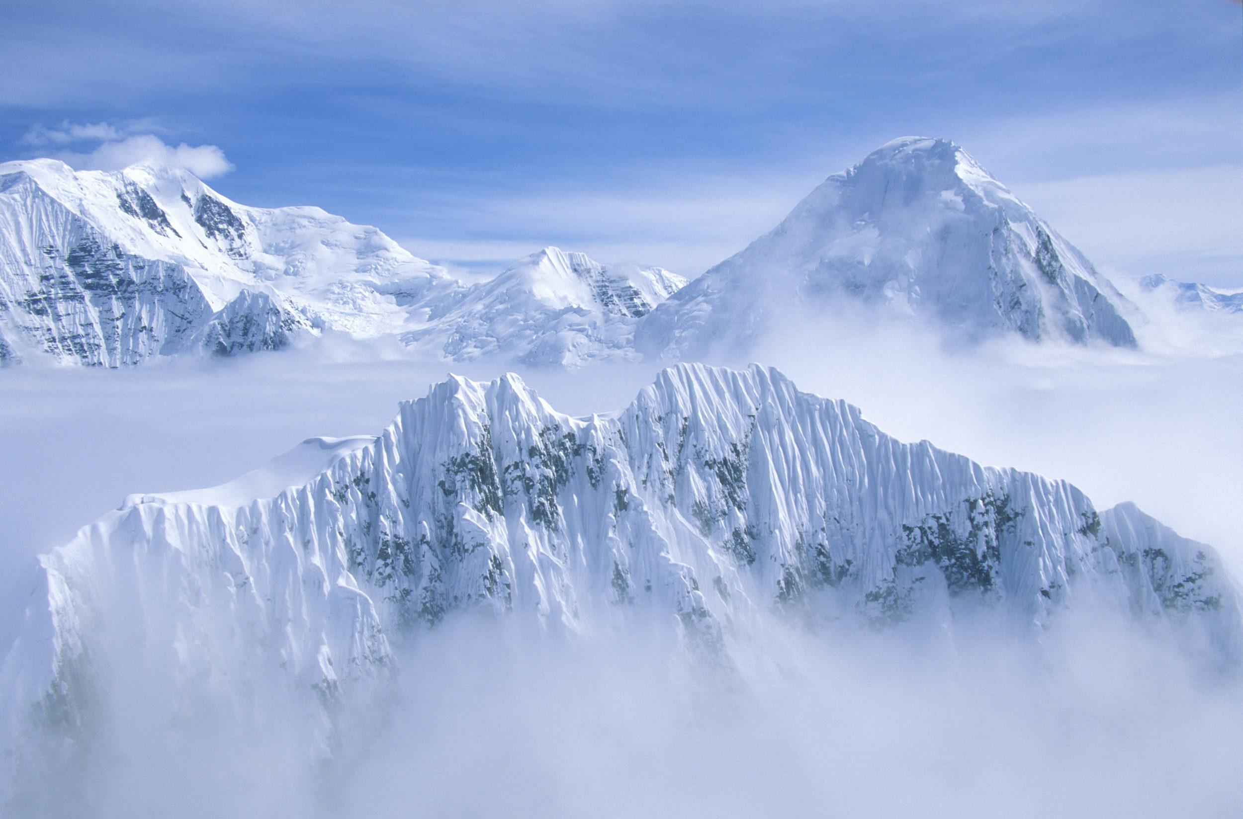 THE MOUNTAIN PEAKS OF WRANGELL-ST. ELIAS NATIONAL PARK -(PHOTO: JOSEPH SOHM/SHUTTERSTOCK)