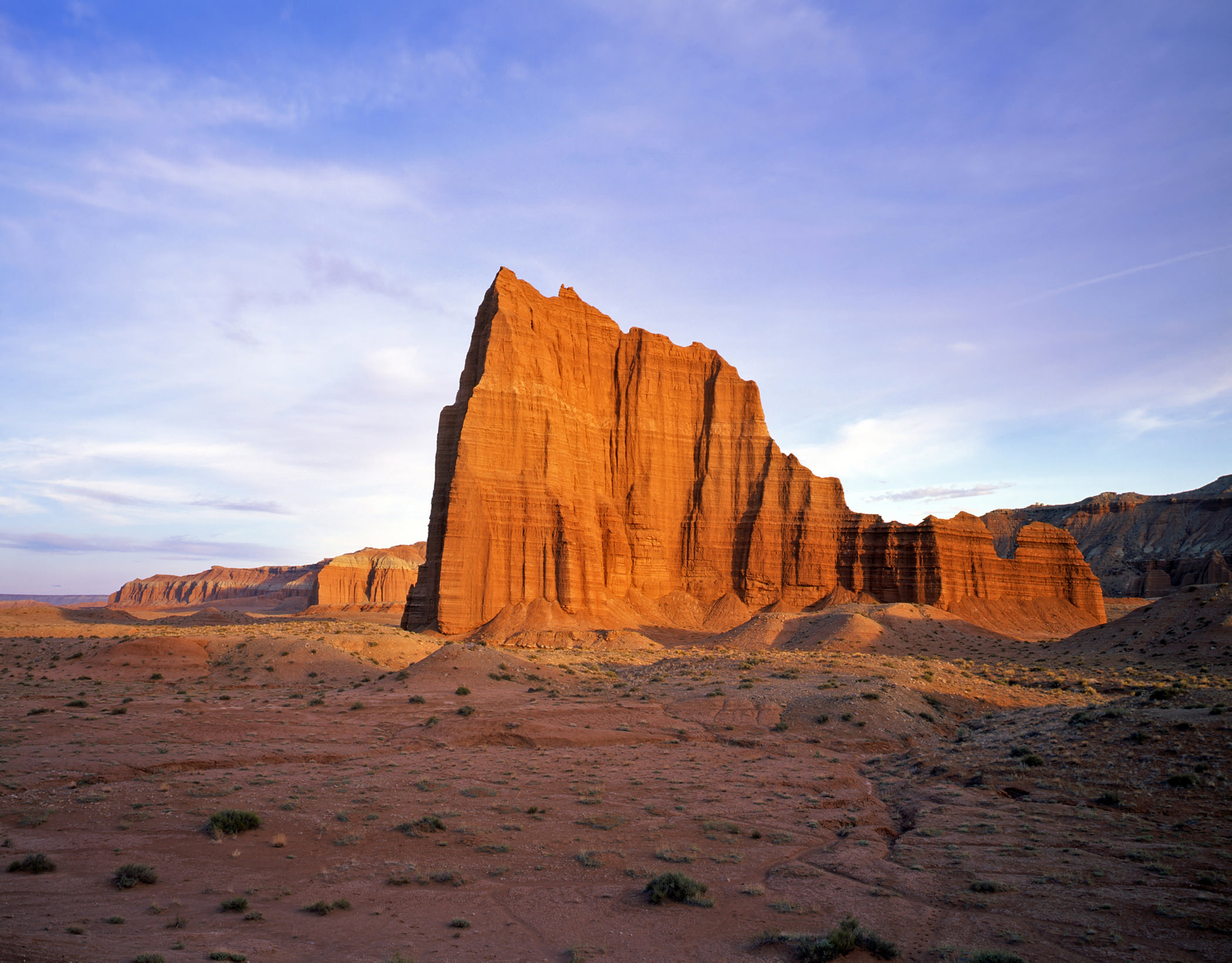 TEMPLE OF THE SUN – CATHEDRAL VALLEY –(PHOTO: MIKENORTON/SHUTTERSTOCK)