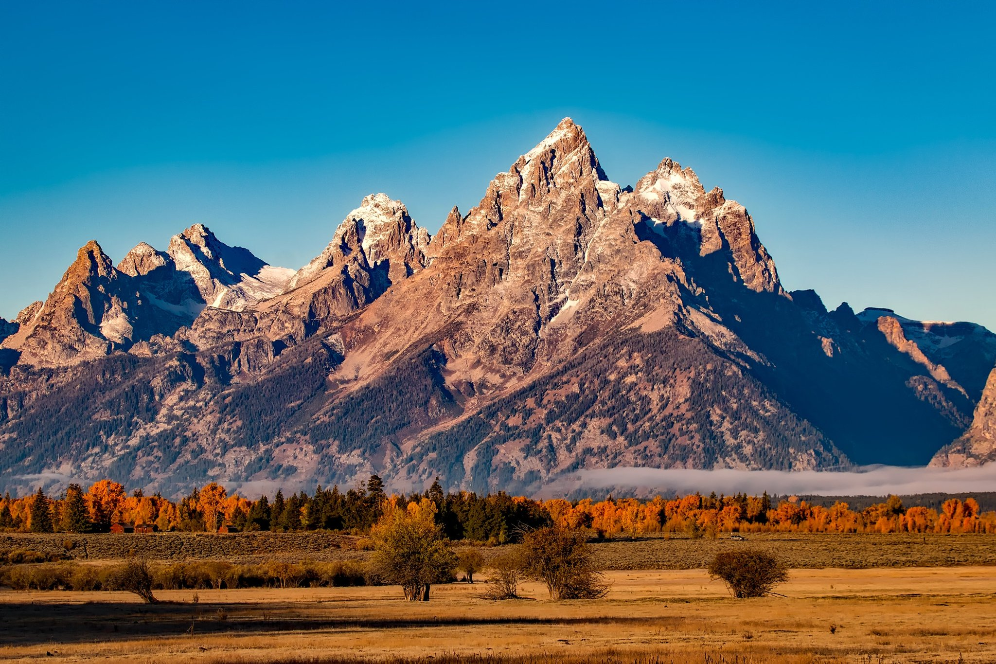 (Grand Teton National Park is one of the best places to really experience Autumn.)