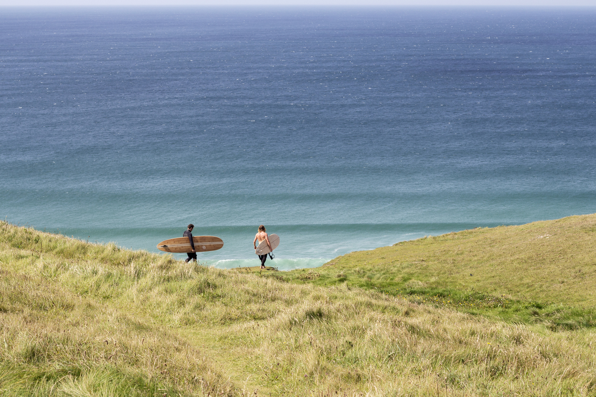 01_Otter_Surfboards_Summer_2017_clifftop_surf_check.jpg