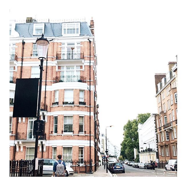 Come March I won't be calling Notting Hill home. Onto some amazing new adventures east 😎😘 xo