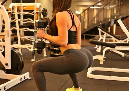 butt and abs workout squats