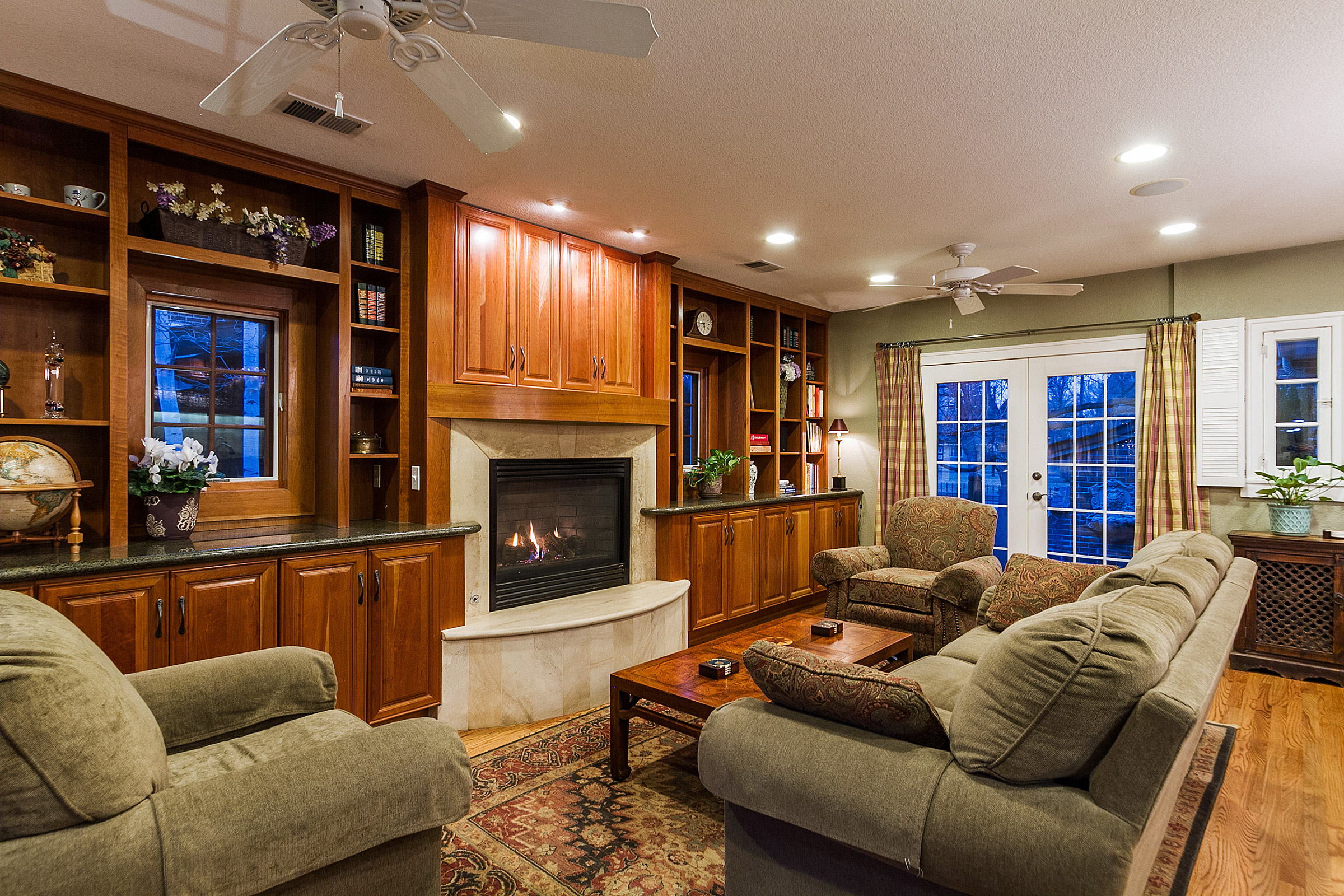 1183110_Family-Room-Bookcases-and-TV-Alcove-Above-FP_high.jpg