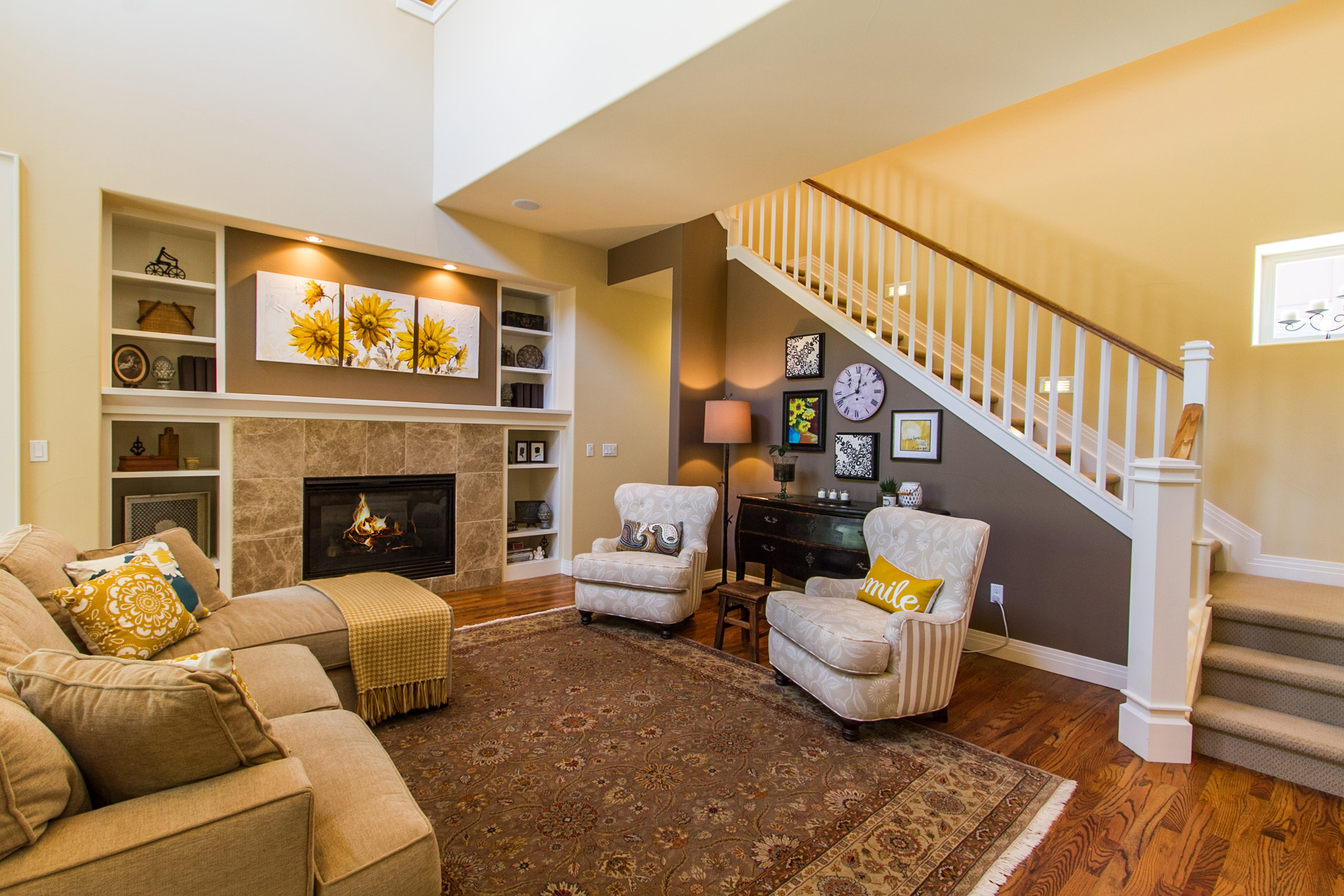 1311305_Gas-Fireplace-And-Built-ins-In-Great-Room_high.jpg