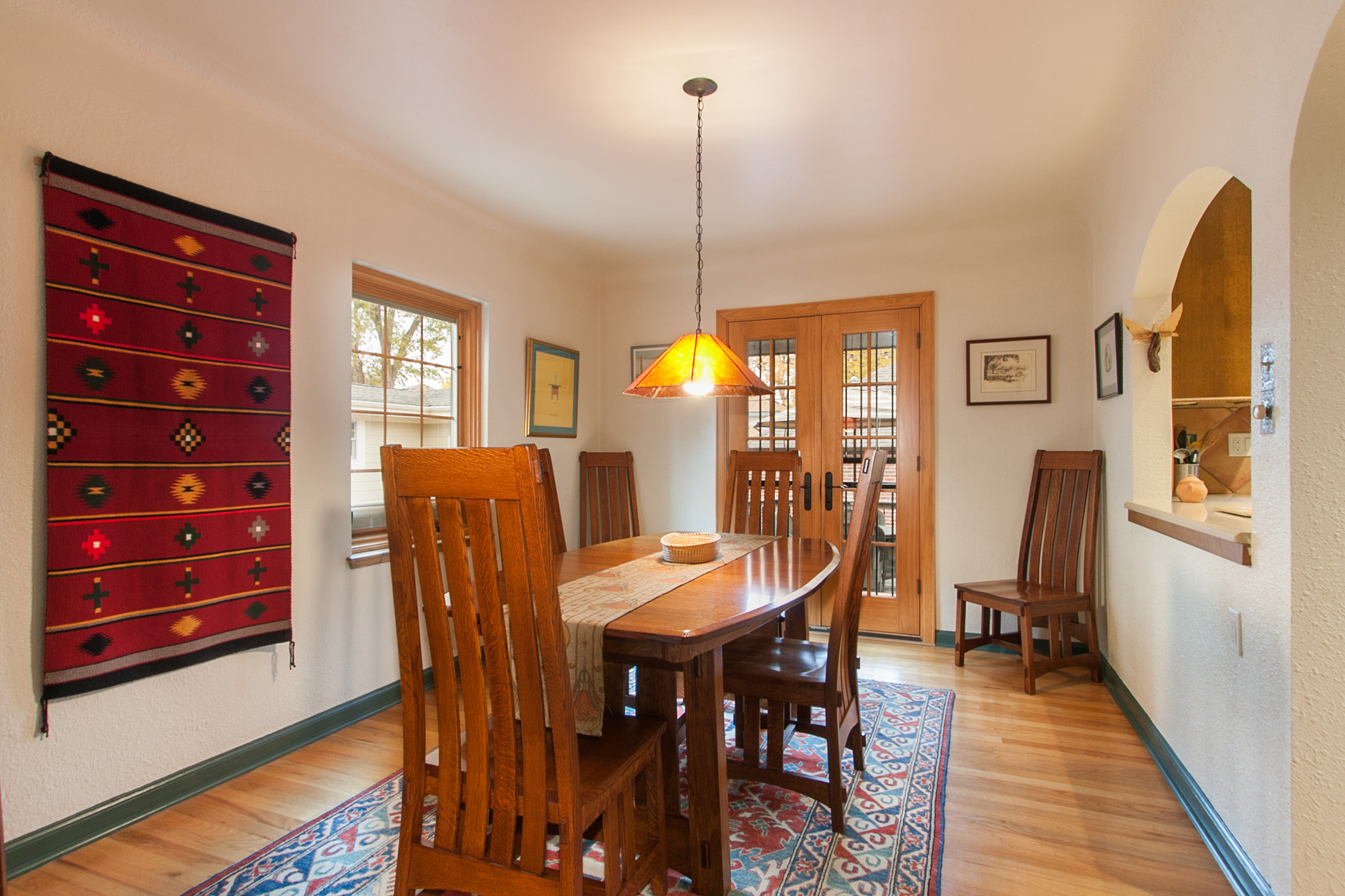1114191_Dining-Room-Has-French-Doors-to-Deck_high.jpg