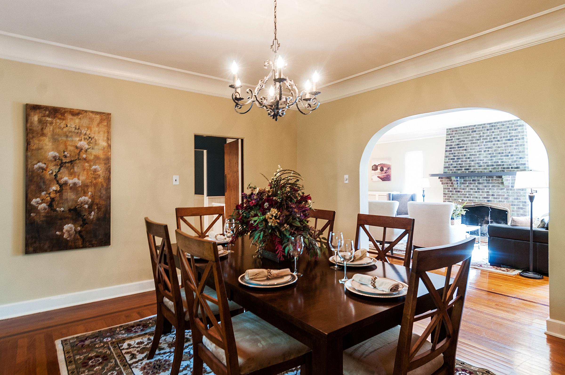 1087642_Dining-Room_high.jpg