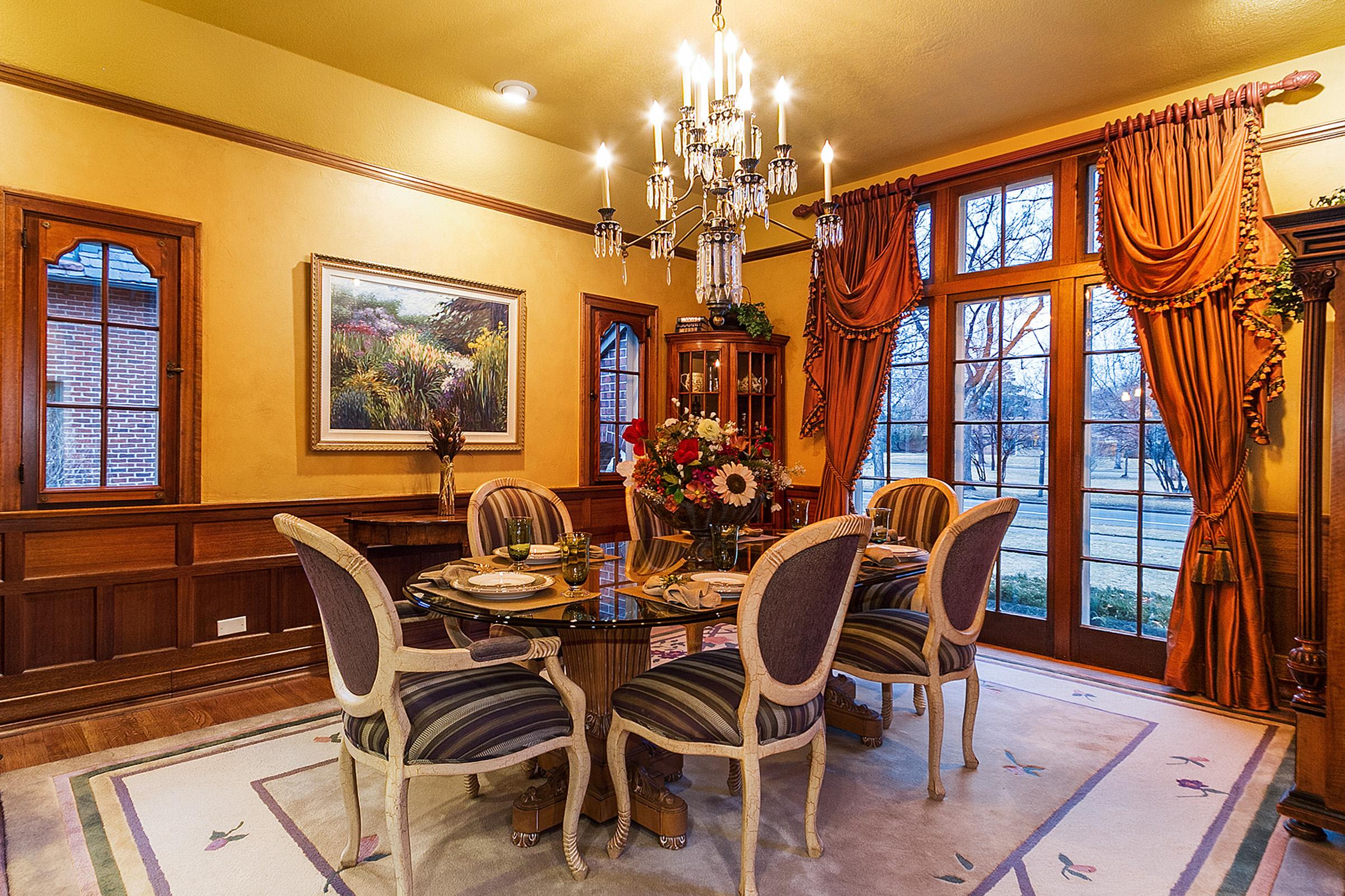1183066_Dining-Room_high.jpg