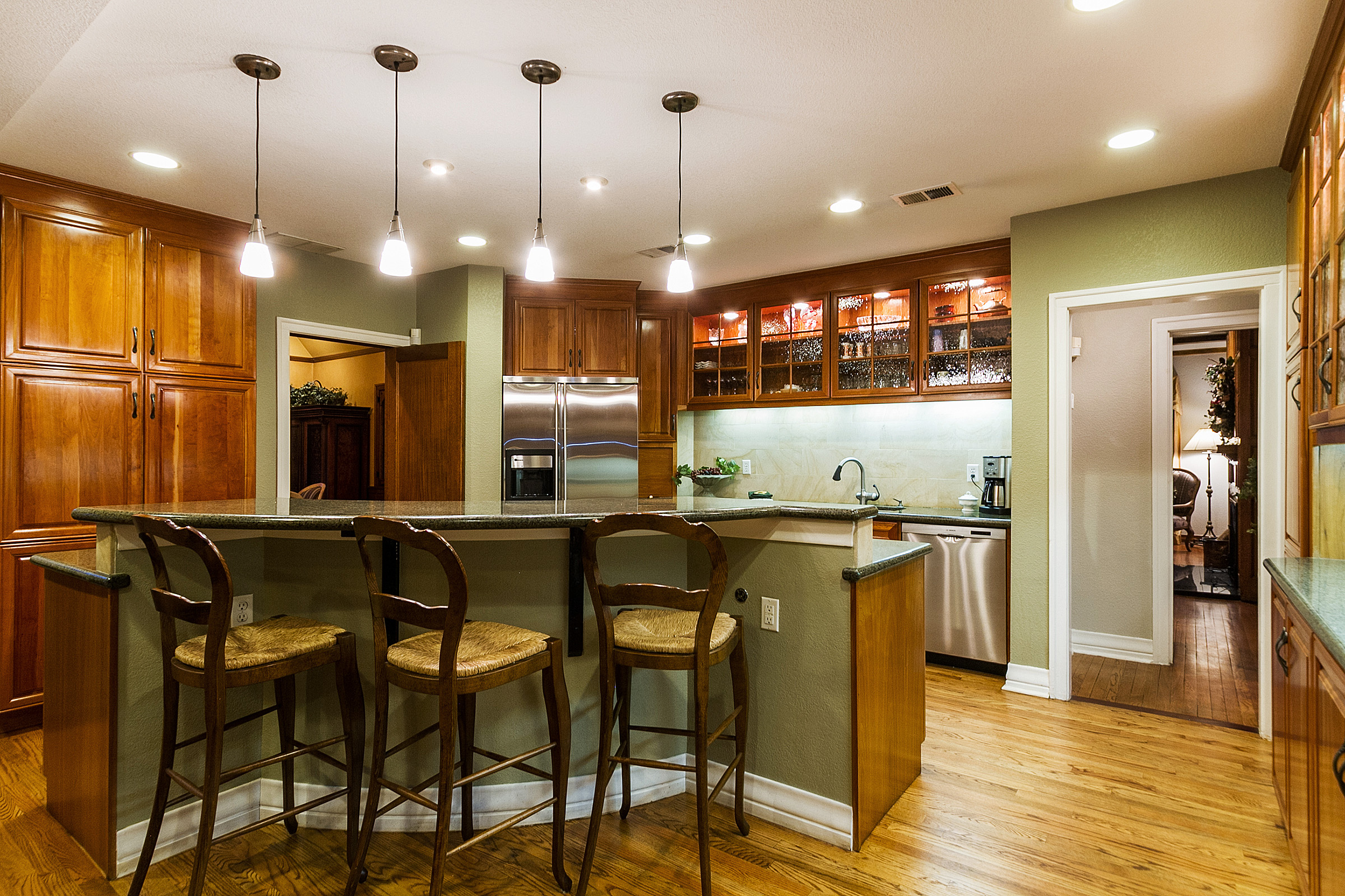 1183128_Kitchen-Opens-to-Family-Room_high.jpg