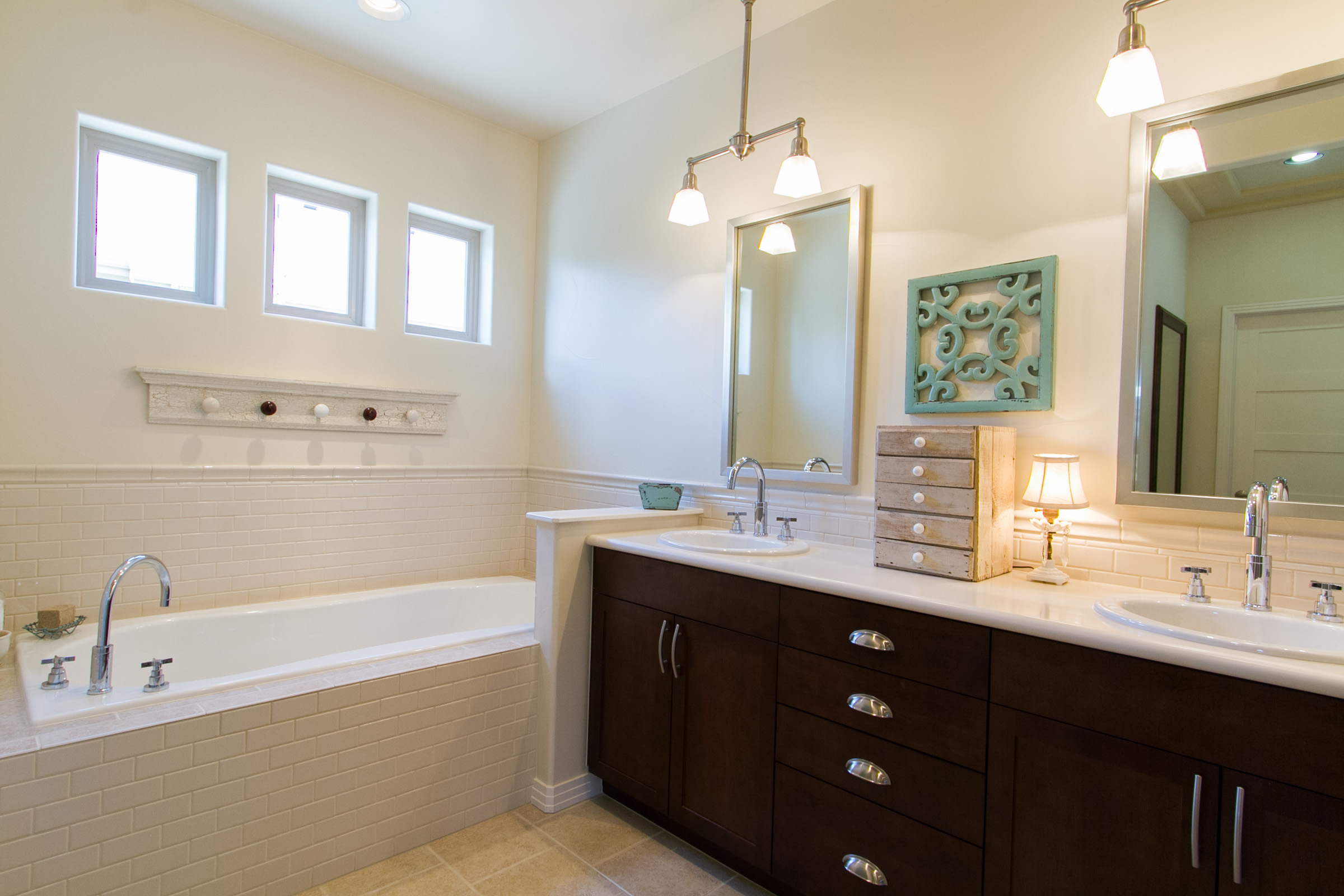 1307018_Master-Bath-Has-Tub-And-Double-Vanity_high.jpg