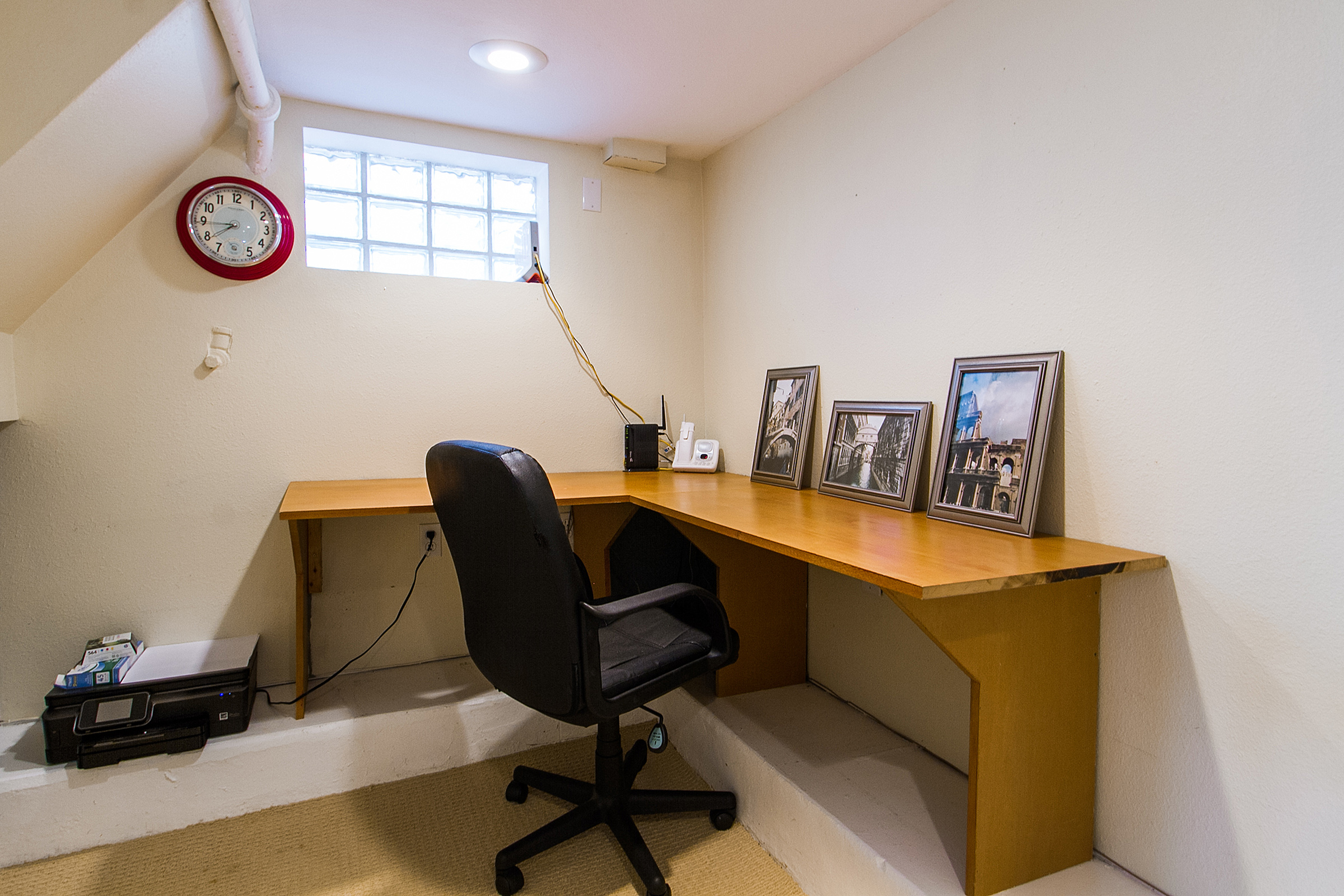 1316345_Cozy-Basement-Office-with-Glass-Block_high.jpg