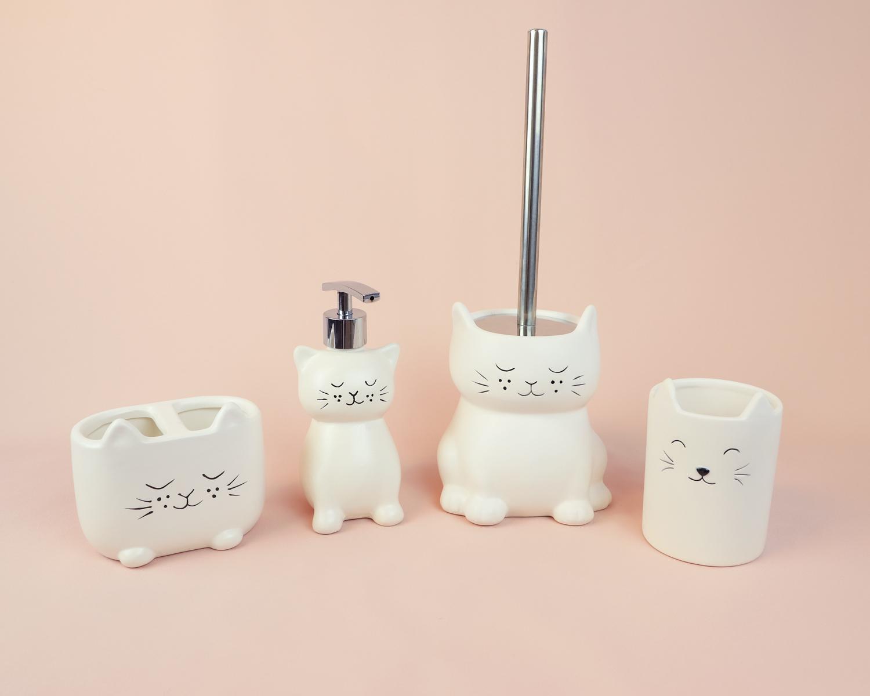ceramic-bath-cat.jpg