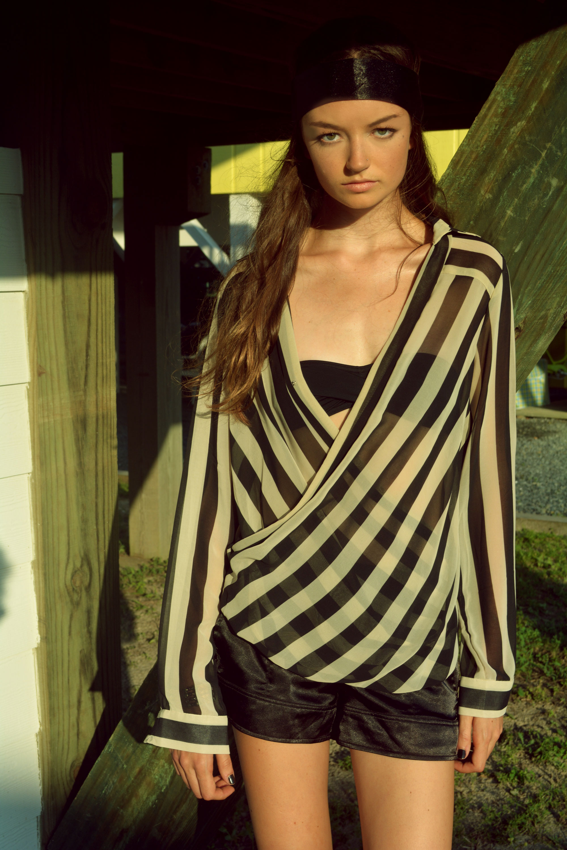 Black-and-White-Striped-Shirt-w-shorts-2-Genysis-Ceara-WEB.jpg