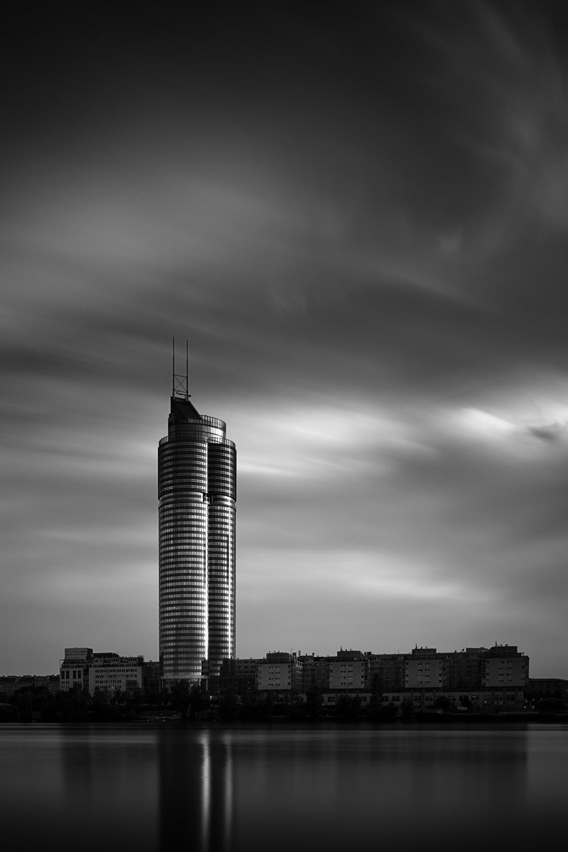 Millennium Tower, Vienna