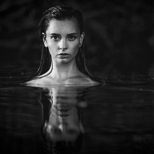 Copyright @keithpersallphotographer #melbourne #naturelovers #nudeinnature #river #water #wet #model #impliednudity #wetmodel #portraitphotographer #portrait #woman