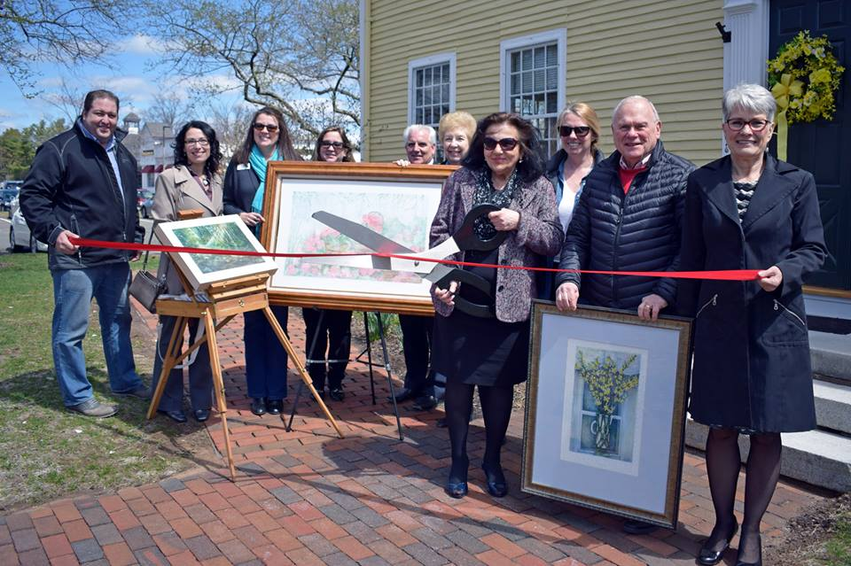 Connecticut River Valley Chamber of Commerce TEAM - Elle Fagan Art Ribbon Cutting 4-2018