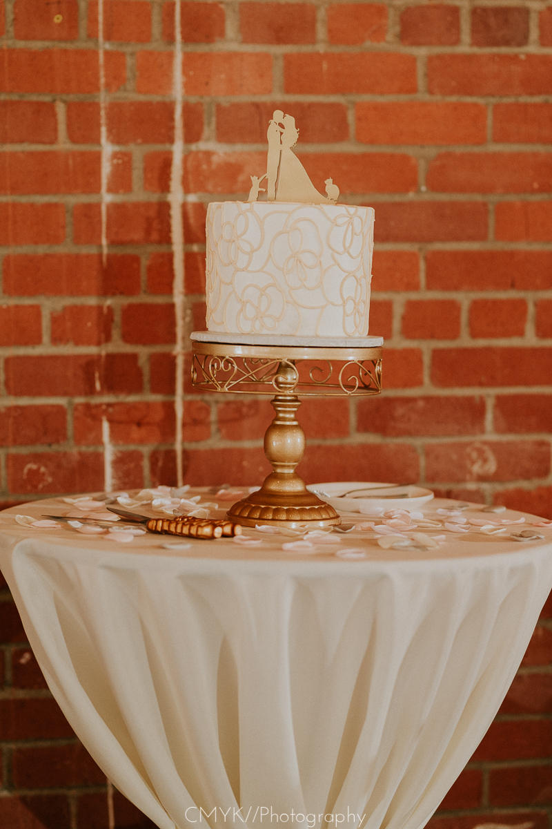 Sacramento_wedding_cake.jpg