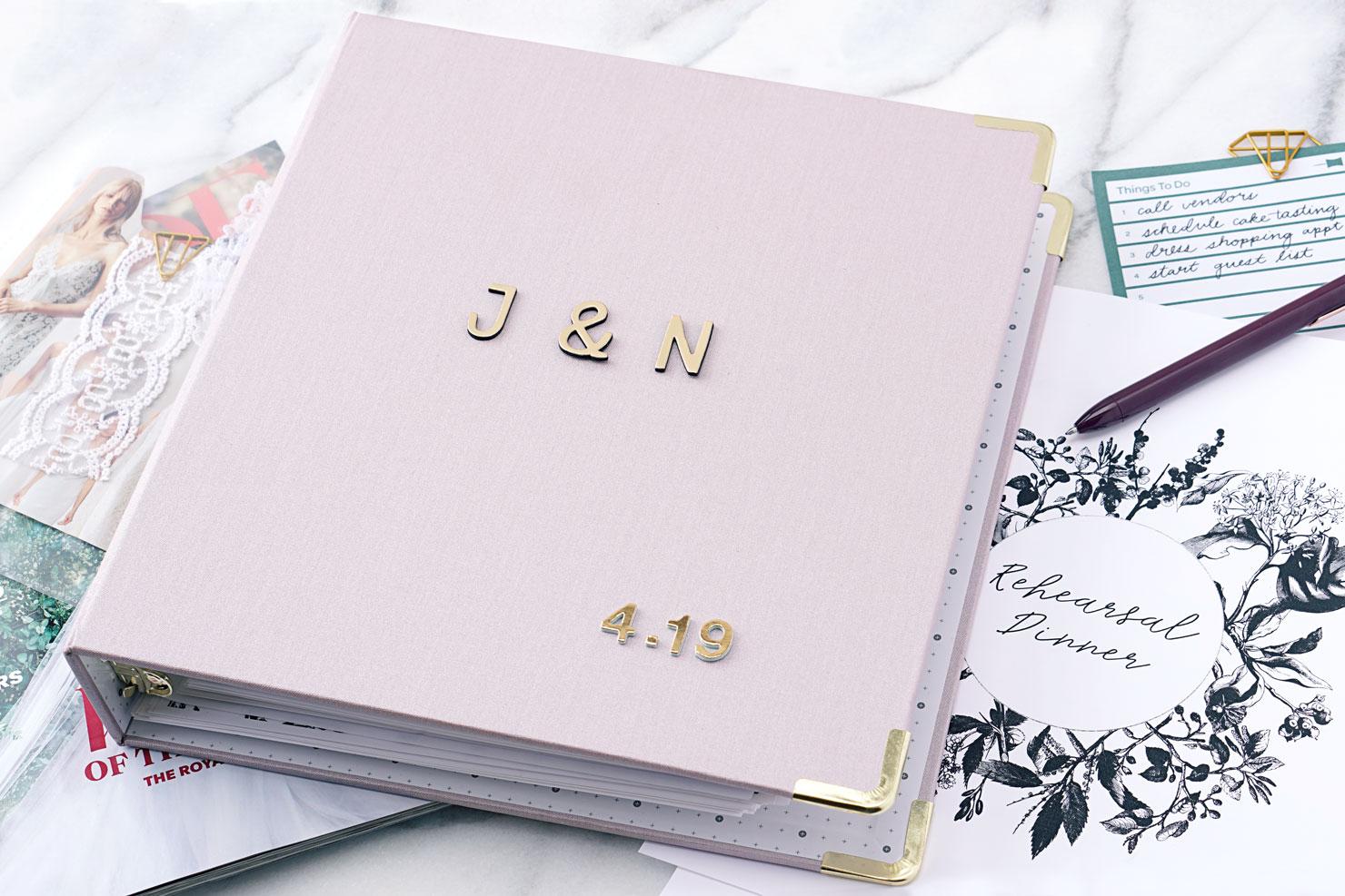 wedding-planner-step06-book.jpg