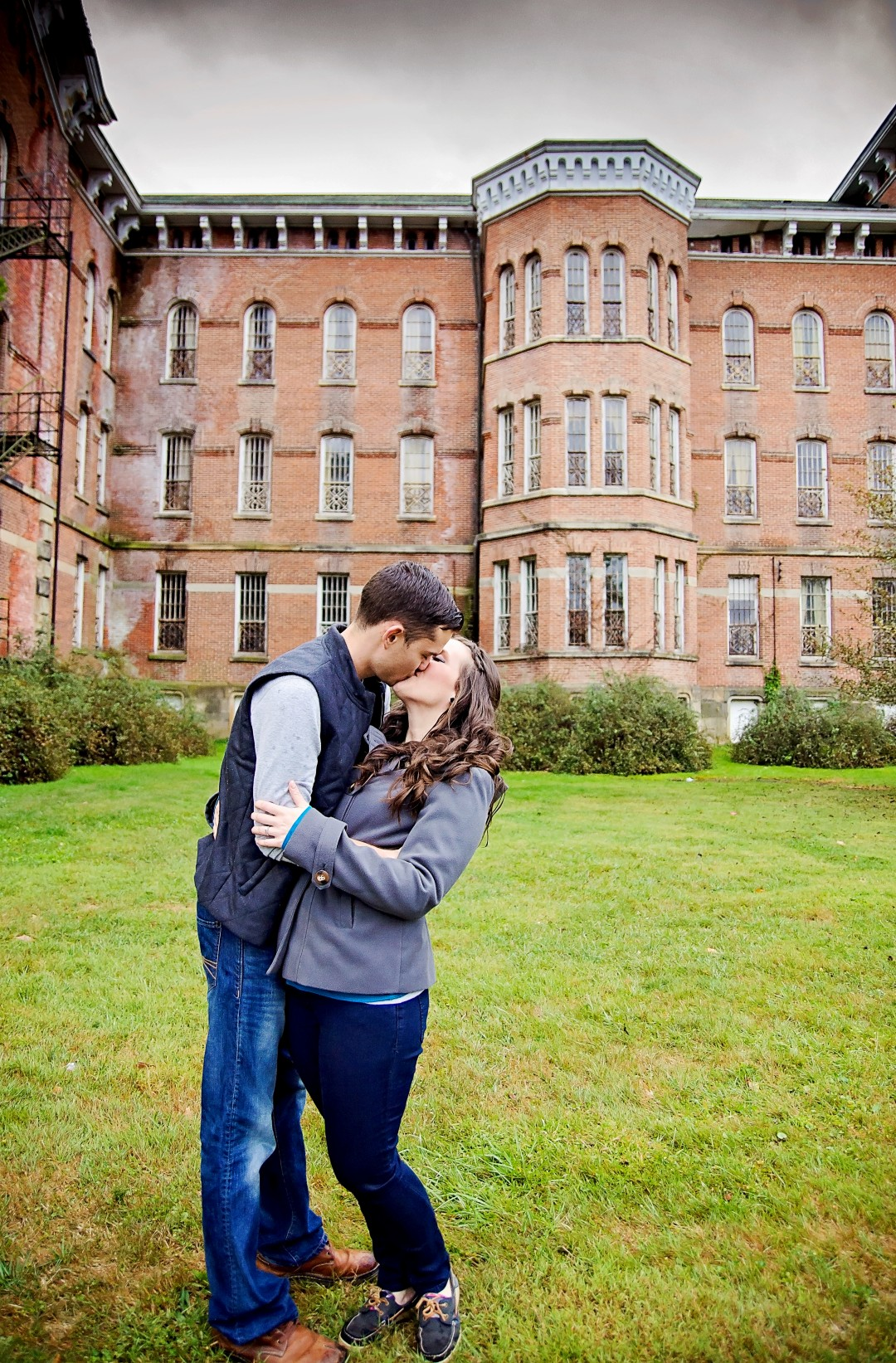 6 Melissa & Aaron engagement.jpg
