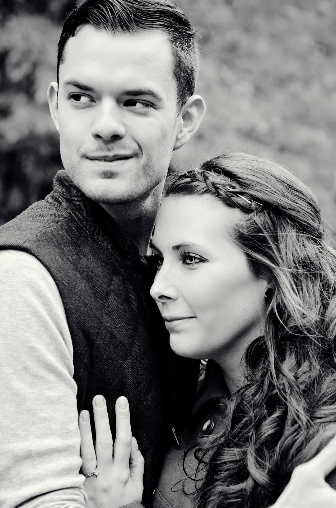 8 Melissa & Aaron engagement.jpg