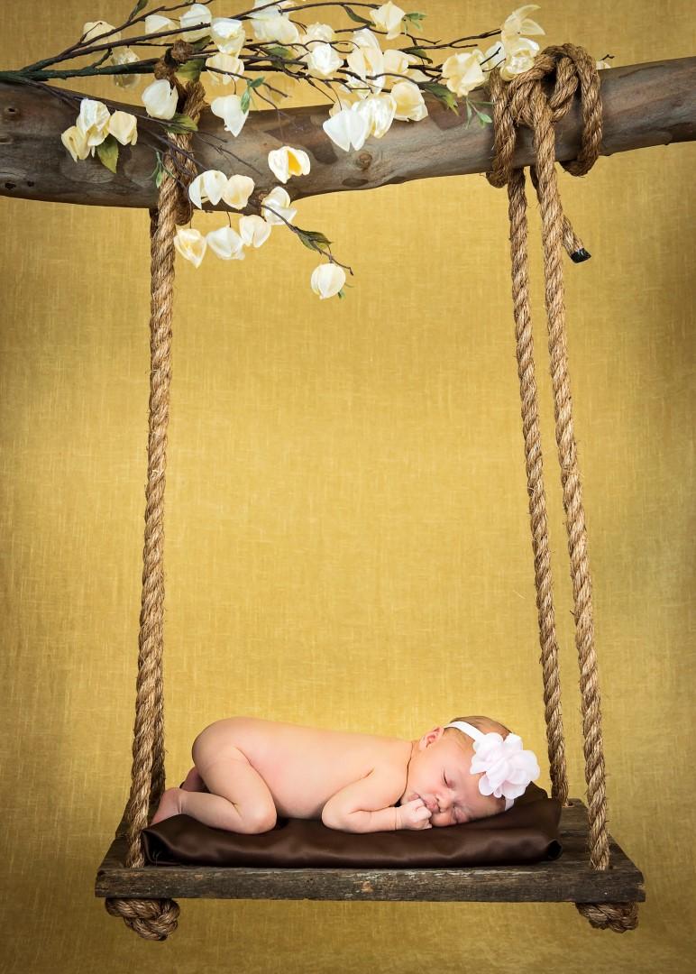 Baby_Parker_Newborn_13 (Large).jpg