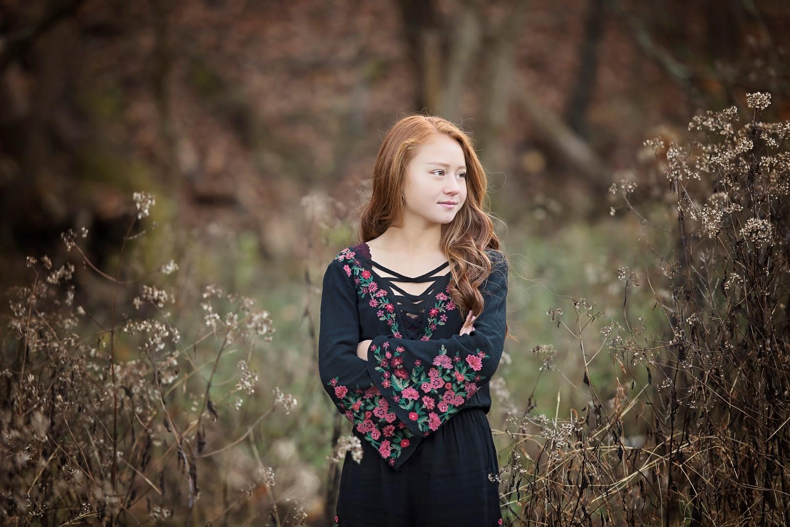 Carli_Black_Senior_28 (Large).jpg