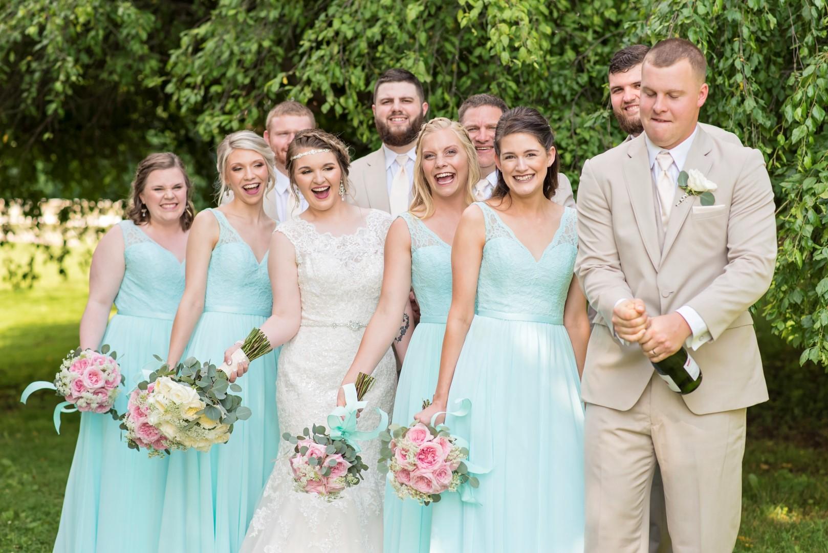Madison+Austin_Wedding_SneakPeek_22 (Large).jpg